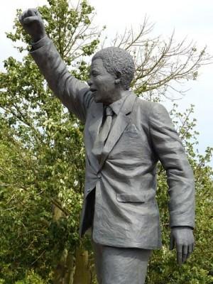 Estatua que conmemora la figura de Nelson Mandela.