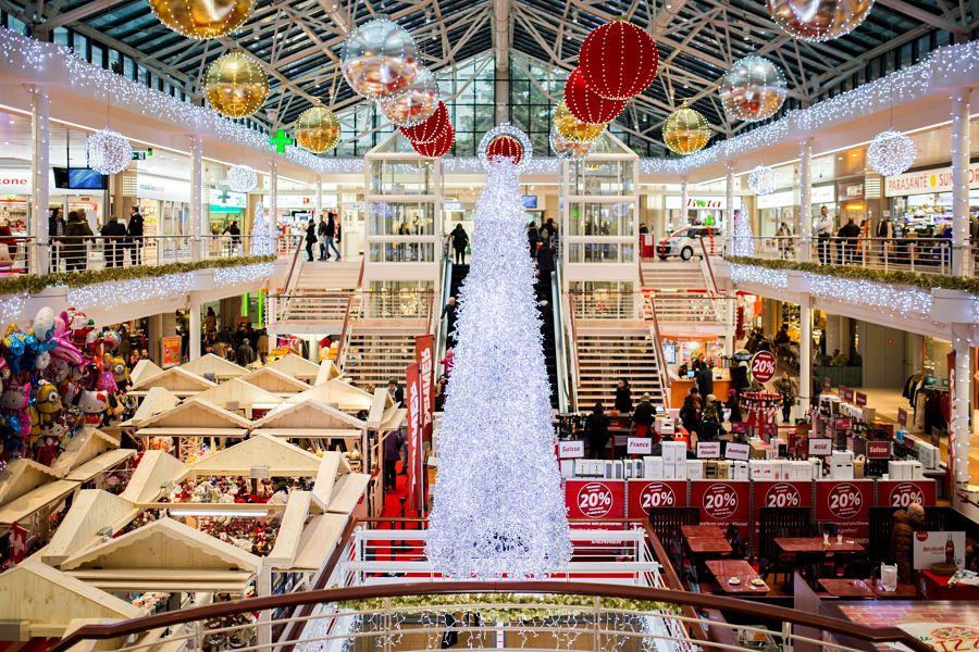 Con la inminente llegada de la Navidad, las tiendas celebran el Black Friday